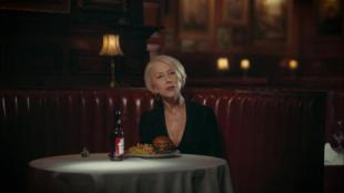 budweiser-super-bowl-2016-give-a-damn-featuring-helen-mirren-large-4